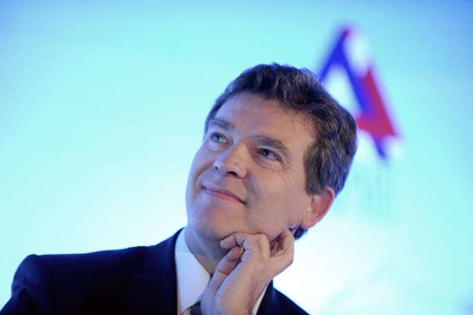 Le 21juin, Arnaud Montebourg a défendu l'accord trouvé entre le conglomérat américano-canadien General Electric et le spécialiste français de l'énergie et des transports Alstom.