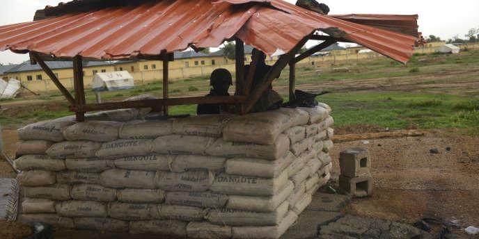 Mai 2014, les check-points sur la route de Chibok, Nigéria.