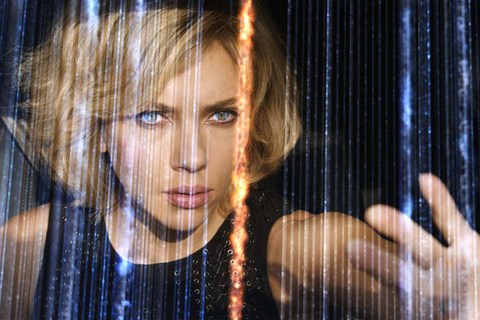 Scarlett Johansson dans le film français de Luc Besson,