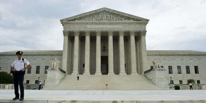 Les téléphones modernes contiennent suffisamment d'informations privées pour que leur fouille nécessite un mandat, a jugé la Cour suprême.