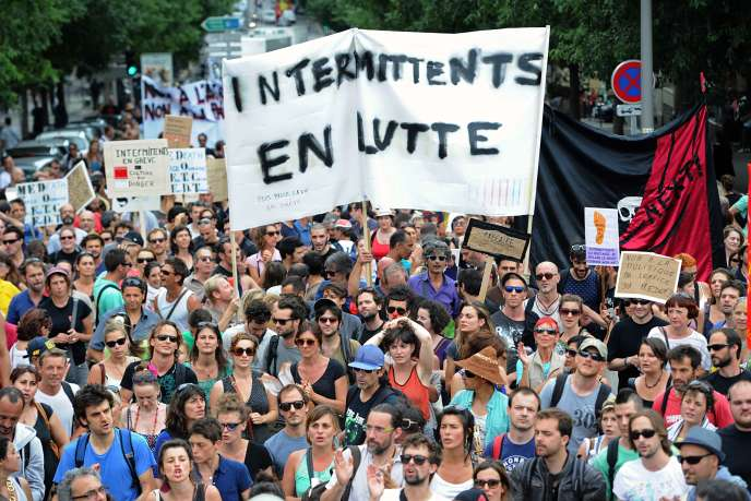 Manifestation d'intermittents du spectacle le 16 juin 2014 à Marseille.
