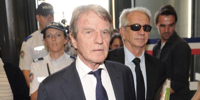 Bernard Kouchner à son arrivée au palais de justice de Pau, le 20 juin 2014.