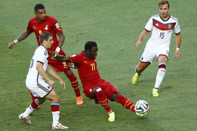 Sulley Muntari (au centre) et Kevin-Prince Boateng (à gauche), le 21 juin contre l'Allemagne.