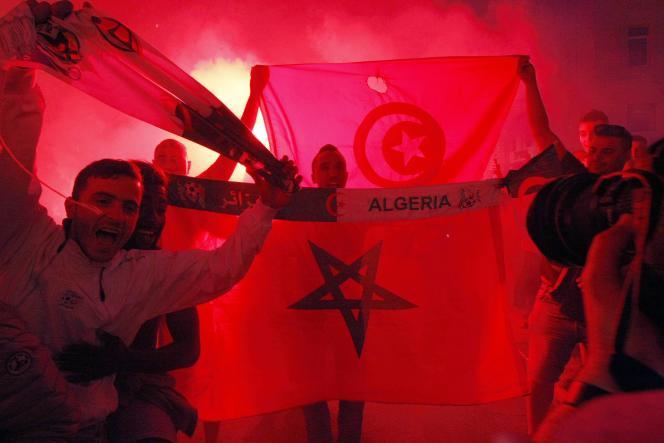 A Marseille, après la qualification de l'Algérie, le 26 juin.