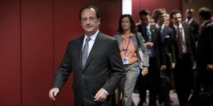 François Hollande en conférence de presse à Bruxelles, vendredi 27 juin.