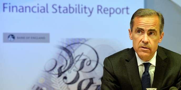 Mark Carney, gouverneur de la Banque d'Angleterre présente le rapport de stabilité de l'établissement, à Londres, le 26 juin.