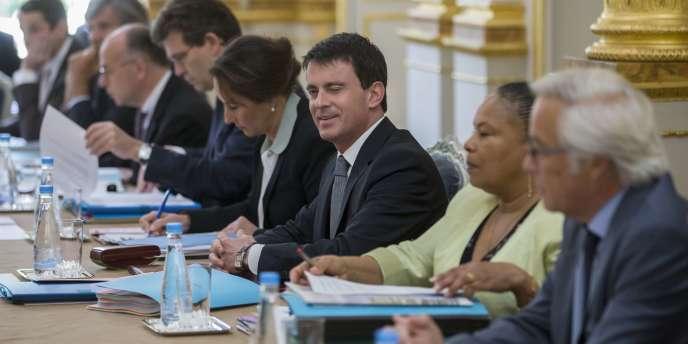 Conseil des ministres du 18 juin au palais de l'Elysée à Paris.