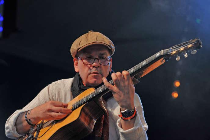 Rodolphe Raffalli au festival Django Reinhardt à Samois-sur-Seine, le 27 juin 2014.