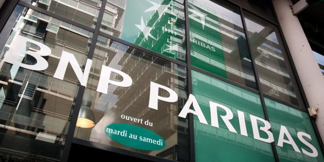 BNP Paribas a accepté lundi30juin de plaider coupable de deux chefs d'accusation et de s'acquitter d'une amende record de 8,834 milliards de dollars.
