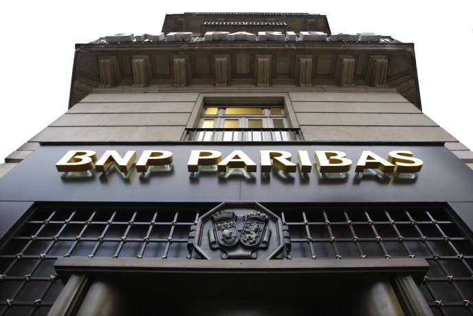Agence BNP Paribas de l'avenue de l'Opéra, à Paris.