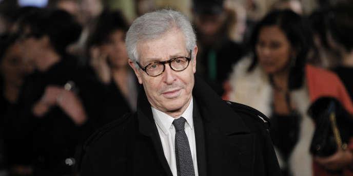 Didier Grumbach, âgé de 77 ans, sera remplacé par Ralph Toledano, président de la division mode du groupe espagnol Puig (Nina Ricci, Carolina Herrera, Paco Rabanne, Jean Paul Gaultier etc).