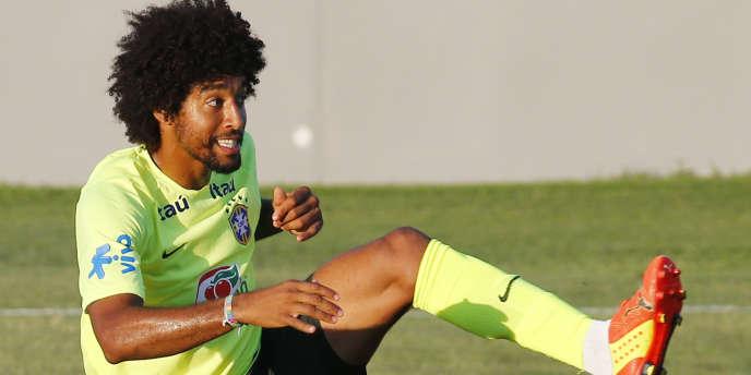 Le défenseur brésilien Dante, ici le 4 juillet à l'entraînement.