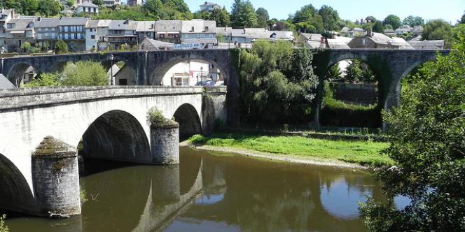 La ville d'Uzerche, en Corrèze, dans la région du Limousin.