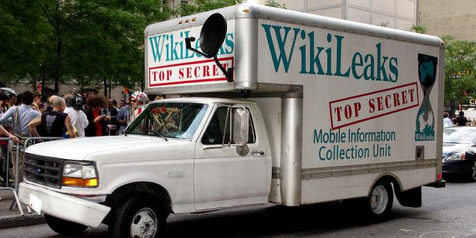 Un camion estampillé Wikileaks à Wall Street, en septembre 2011.