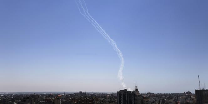 Tirs de roquettes palestiniens tirés depuis Gaza contre Israël, mercredi 9 juillet.