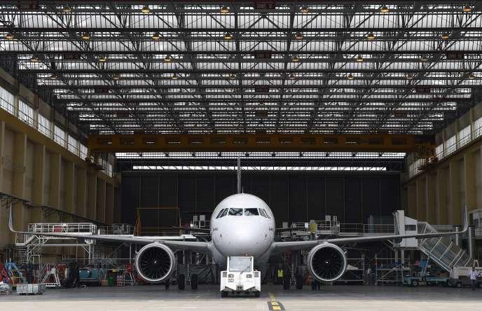 Un avion du type Airbus A320neo, à Toulouse, le 1erjuillet.