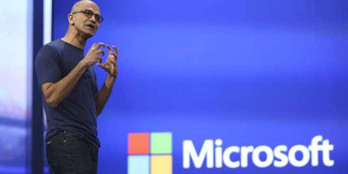 Satya Nadella, le directeur général de Microsoft, lors d'une conférence, en avril, à San Francisco.