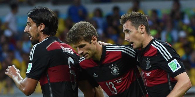 Thomas Müller (au centre) sera l'une des principales forces de l'équipe d'Allemagne dimanche en finale contre l'Argentine.
