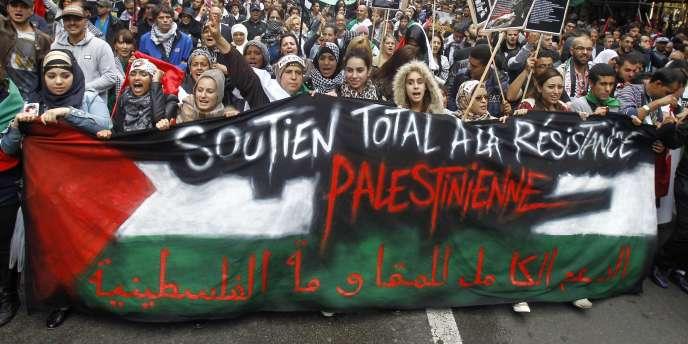 A Paris, lors d'une manifestation en soutien aux Palestiniens de Gaza, le 13juillet.
