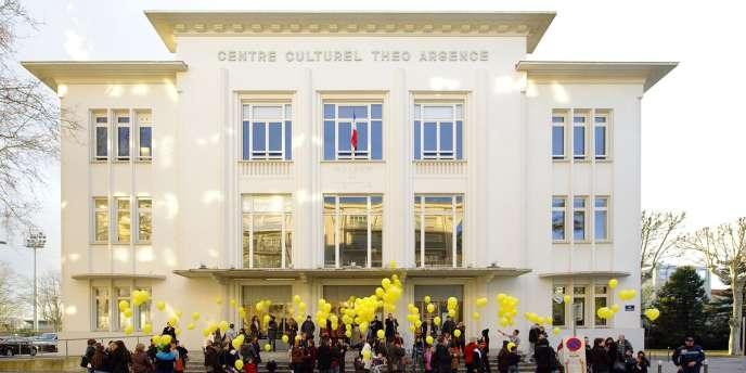 Le Centre culturel Théo Argence à Saint-Priest (Rhône).