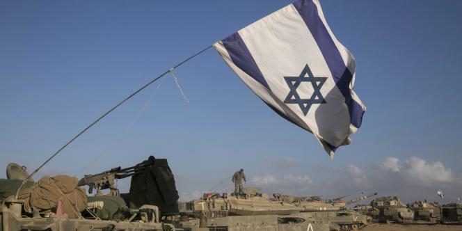 Des soldats israéliens à la frontière avec la bande de Gaza, le 15 juillet.