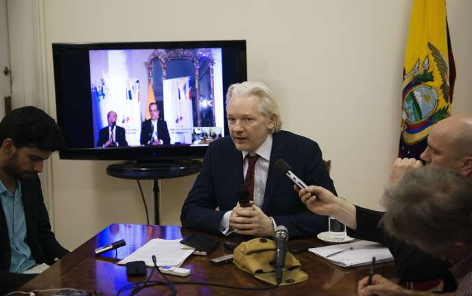 Julian Assange, lors d'une conférence de presse au sein de l'ambassade d'Equateur à Londres, le 19juin.