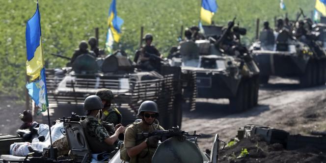 Des soldats ukrainiens, près de Sloviansk, le 11 juillet.