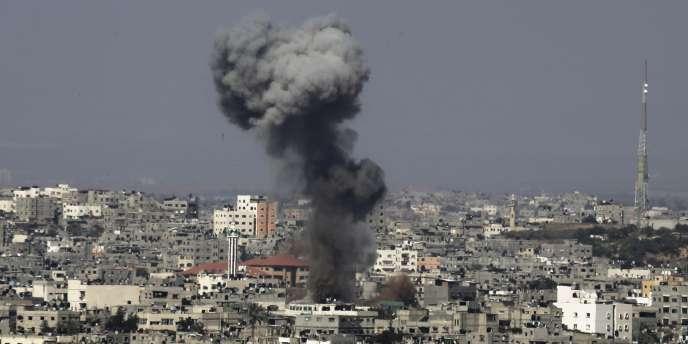 Des bombardements dans le nord de Gaza, le 16juillet.