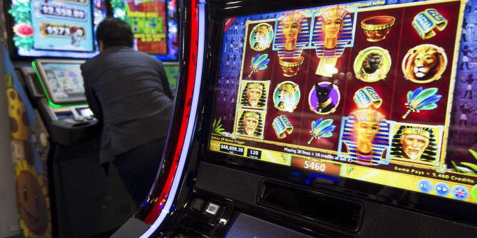 Une machine à sous de Gtech, au Salon G2E de Macao en mai.