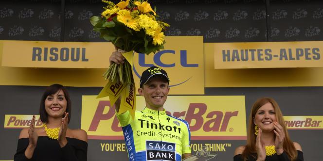Rafal Majka sur le podium de la 14e étape du Tour, samedi à Risoul.