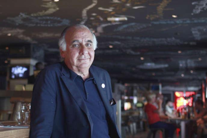 Serge Trigano, dans l'un de ses hôtels, le Mama Shelter, rue de Bagnolet, à Paris (20e).