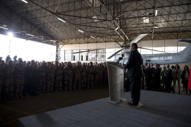 François Hollande, le 19 juillet à N'Djamena.