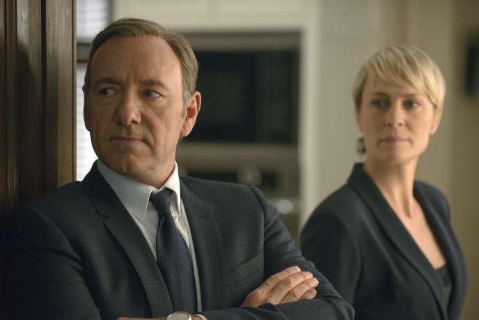 La série « House of Cards », avec Kevin Spacey et Robin Wright, est produite par Netflix.