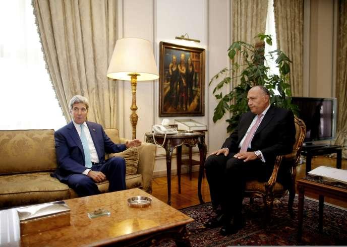 John Kerry rencontre le chef de la diplomatie égyptienne, Sameh Choukri, le 22 juillet au Caire.