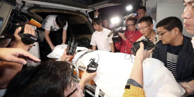 Yoo Byung-eun était en fuite quand son corps a été retrouvé le 12 juin, dans un état de décomposition trop avancée pour qu'il soit possible de l'identifier immédiatement.