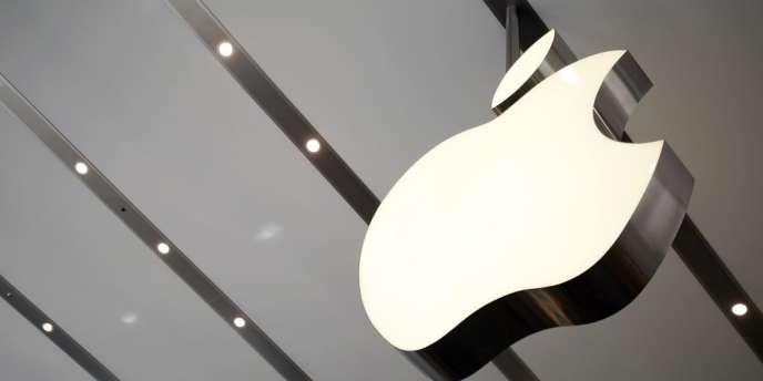 La marque à la pomme a annoncé mardi une hausse de 12,7% de la vente de ses smartphones en un an, contre une baisse de 9,2% au cours de la même période pour ses tablettes.