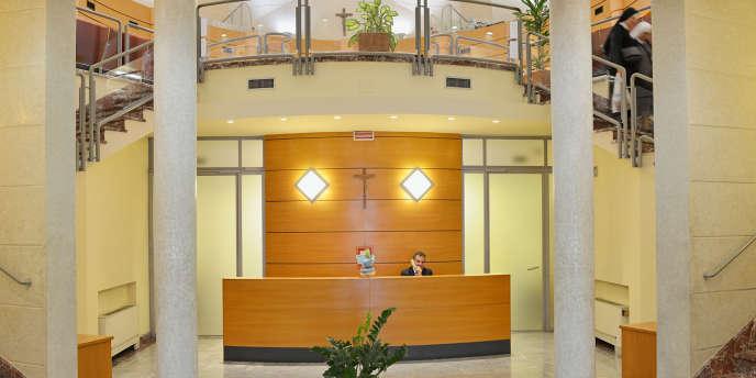 Les opérations délictueuses qui ont entaché la réputation de l'Institut pour les œuvres de religion (IOR) —la «banque du pape»— appartiennent au passé, a assuré le 10juillet Jean-Baptiste de Franssu, tout juste nommé à la tête de cet établissement après plusieurs années dans un cabinet de conseil en fusion-acquisition.