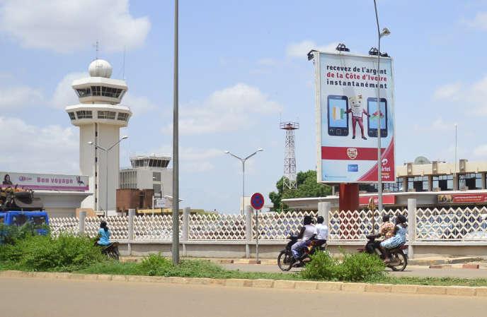 L'aéroport de Ouagadougou au Burkina Faso d'où est parti le vol AH5017 qui s'est écrasé au Mali le 24 juillet.