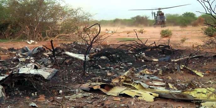 Après une journée de recherches, les débris du vol AH5017 d'Air Algérie ont été localisés, tôt le 25juillet, dans la région de Gossi, dans le nord-est du Mali, près de la frontière avec le Burkina Faso.
