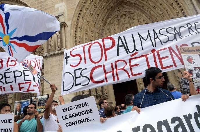 Une manifestation en soutien aux chrétiens d'Irak, le 27 juillet à Paris.