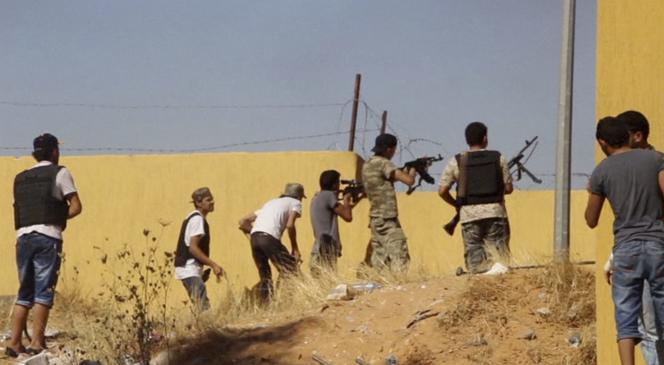 Les islamistes de la brigade Misrata, au combat en Libye, le 26 juillet.