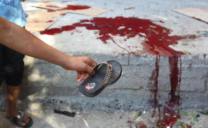 La scène devant le lieu de l'explosion d'un missile non loin de l'hôpital Al-Schifa à Gaza, le 28 juillet.
