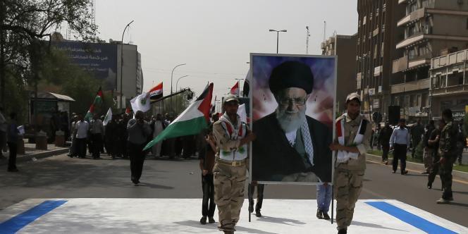 Un portrait du guide suprême iranien, l'ayatollah Ali Khamenei.