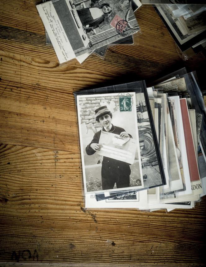 La collection de cartes postales de femmes exerçant un métier d'homme