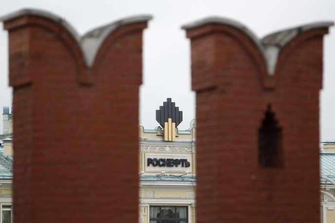 Siège du géant russe de l'énergie Rosneft, qui pourrait être pénalisé par la limitation des transferts de technologies avec les compagnies britanniques BP et Shell.