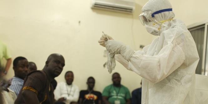 D'après les derniers chiffres publiés : 1 323 cas de fièvre hémorragique ont été répertoriés depuis le début de l'épidémie, en février, dont 909 confirmés comme étant dus au virus Ebola.