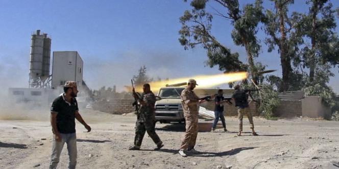 Des milices s'affrontent pour le contrôle de l'aéroport de Tripoli depuis le 13 juillet.