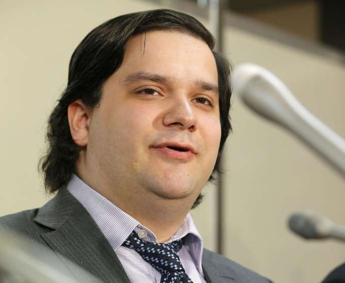 Mark Karpelès, lors d'une conférence de presse le 28 février.