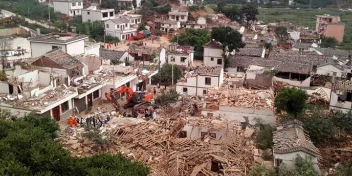 Un séisme de magnitude 6,1 s'est produit le 3août dans des régions montagneuses du sud-ouest de la Chine.