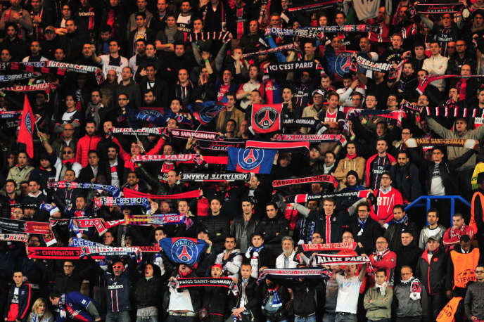 Des supporteurs parisiens lors de Chelsea-PSG, le 8 avril 2014.